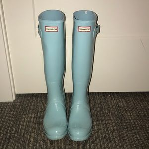 GENTLY USED HUNTER BOOTS